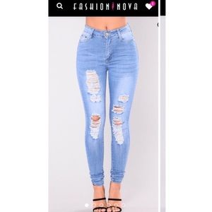 Brand new high wasted jeans!